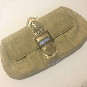 🔥3/$30 WHBM gold clutch